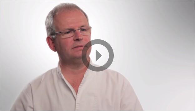 Detachable Bridge On Implants Thumb