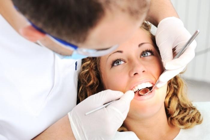 Teeth checkup at dentist's office-1-908760-edited.jpeg